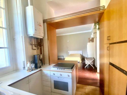 vendesi appartamento a Faggeto lario in villa storica- 7