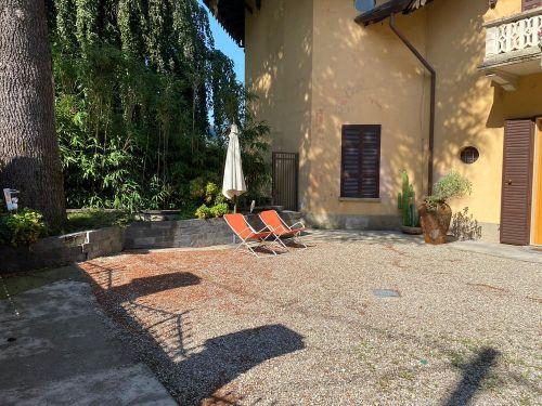 vendesi appartamento a Faggeto lario in villa storica- 17