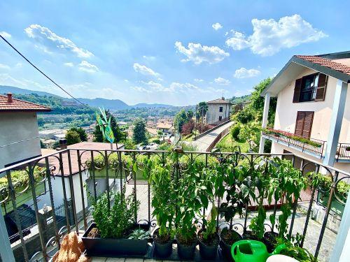 vendesi-appartamento-trilocale-a-maslianico-vista-panoramica-1
