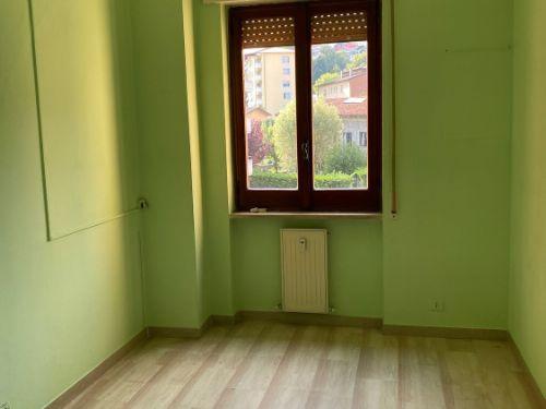 vendesi appartamento quadrilocale a Maslianico - 9