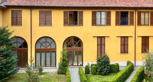 Attico con giardino privato in vendita ad Appiano Gentile