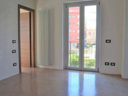 appartamento trilocale ristrutturato a Como Rebbio - 6
