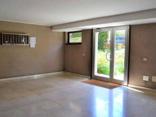appartamento trilocale ristrutturato a Como Rebbio - 13