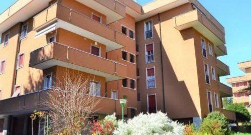 Appartamento trilocale ristrutturato di recente in vendita a Como – Rebbio