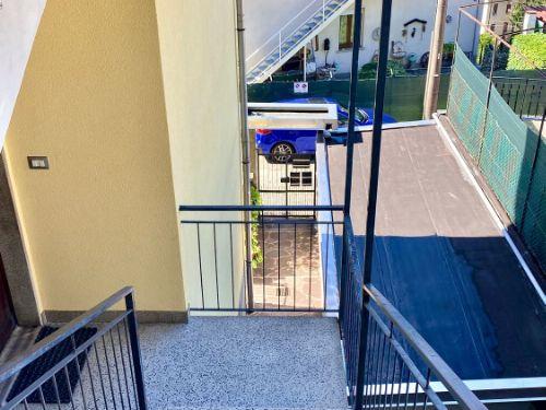 vendesi appartamento trilocale a como con vista panoramica - 17
